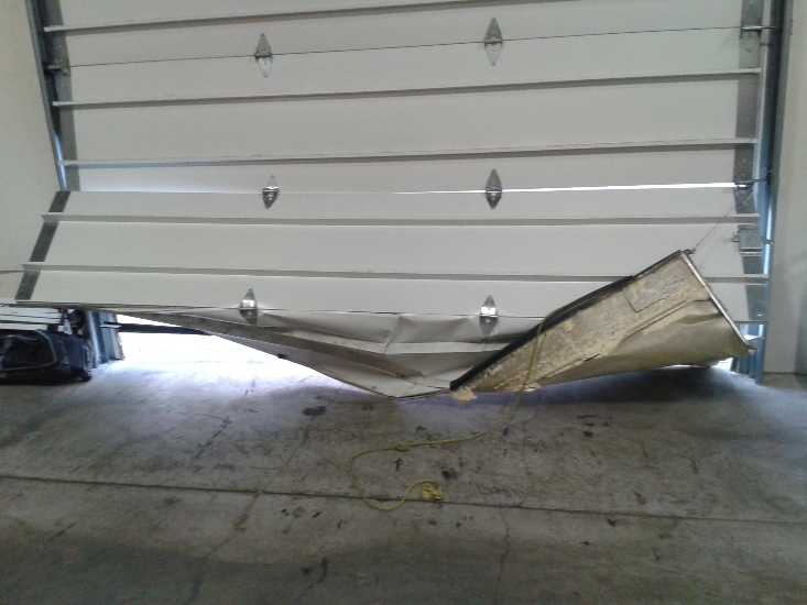 garage-door-repair-before