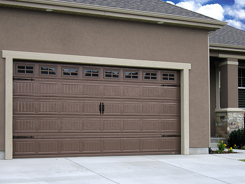 Preparing your garage for winter a garage doors for Garage door repair roy utah