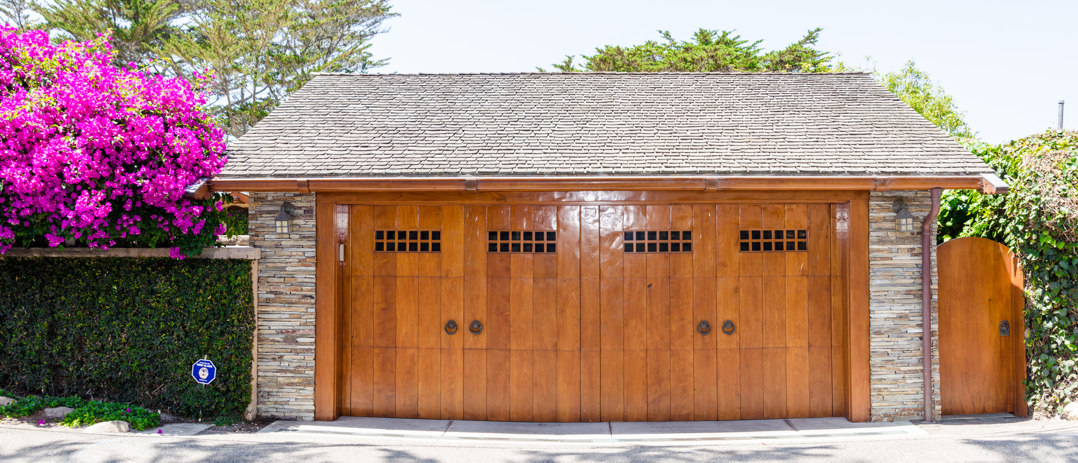Keeping your garage cool as weather warms up a garage doors for Garage door repair roy utah