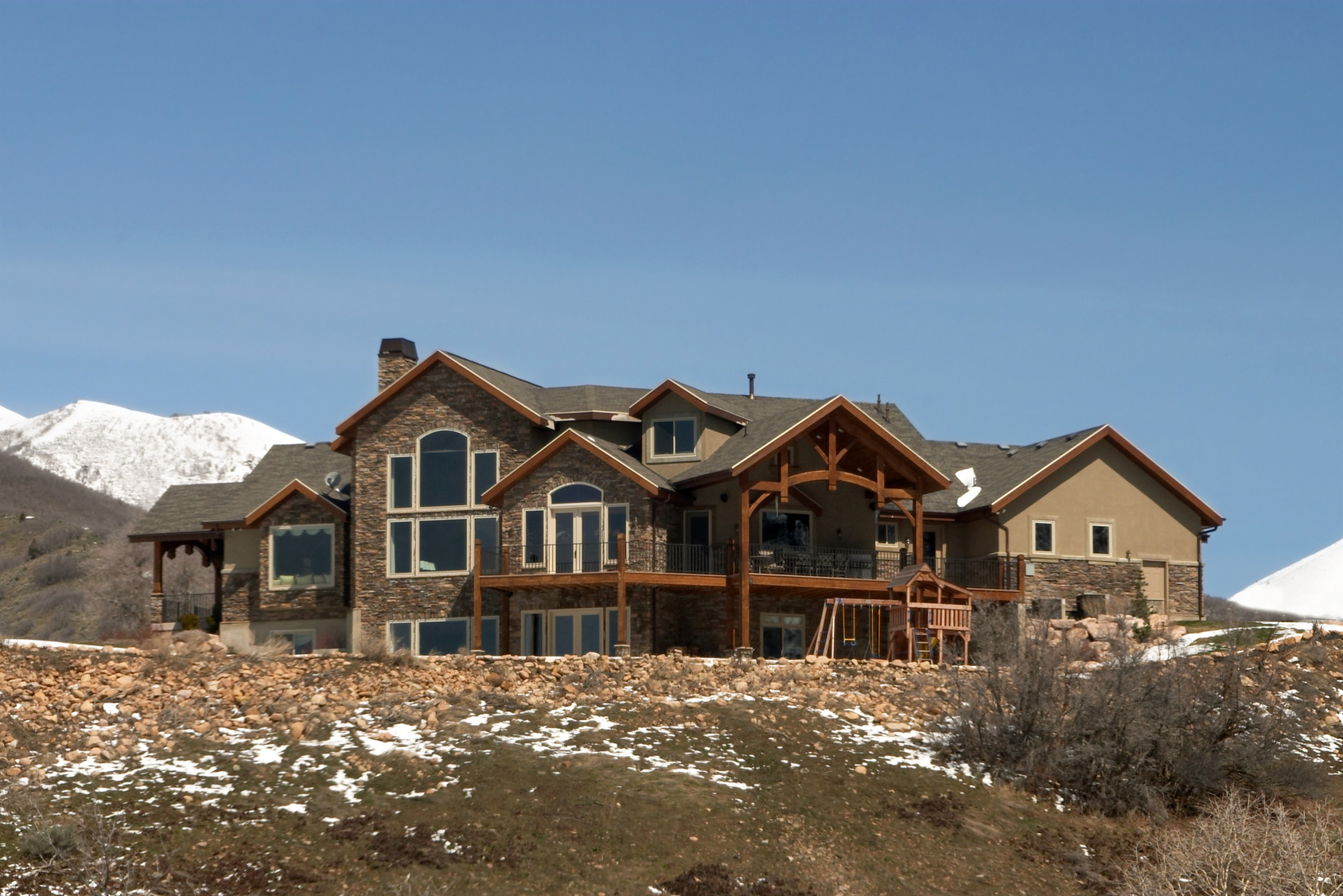 Making your utah home look like a true mountain home a for Mountain houses